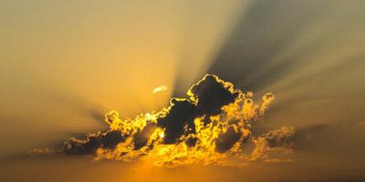 Sonnenseite oder ewige Finsternis: Auf welcher Seite des Lebens stehst du?