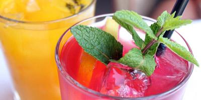 Weißt du, was in diese 20 Cocktails gehört?
