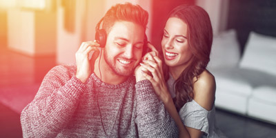 Wer hat's gesungen? Erkennst du diese 15 Lovesongs?
