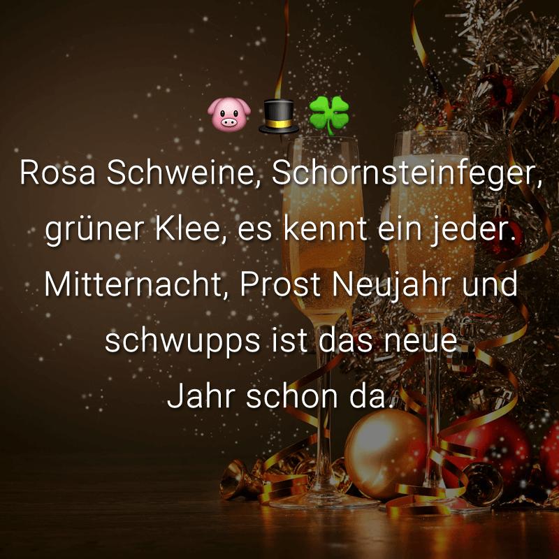 Rosa Schweine, Schornsteinfeger, grüner Klee, es kennt ein jeder. Mitternacht, Prost Neujahr und schwupps ist das neue Jahr schon da.