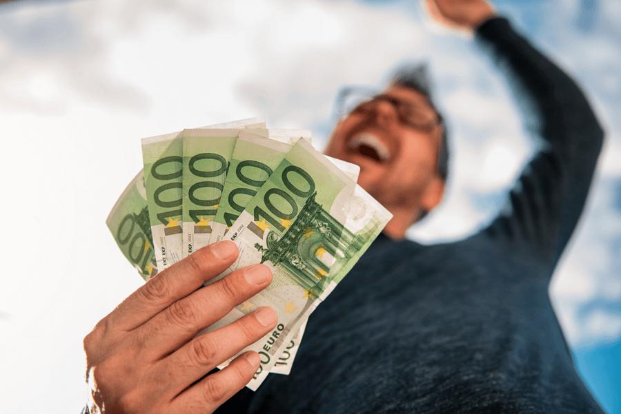 geld ist nicht der schluessel zum glueck  unserem leben